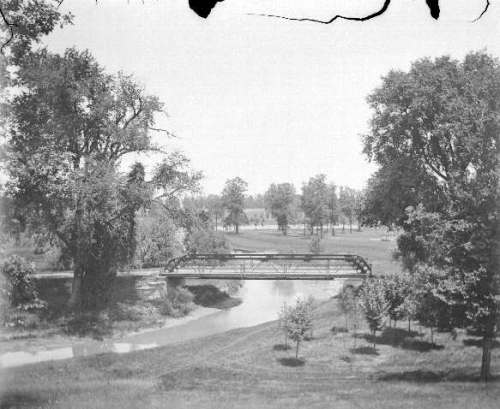 Early image of Ottawa park